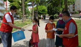 Parklar ve sokaklar çocuklarla şenlendi