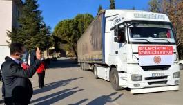 Bilecik'ten yardım tırı İzmir'e uğurlandı